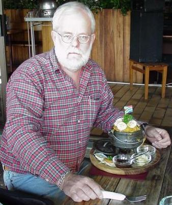 This is me, enjoying a curry potjie-for-one at the Train Restaurant in Sabie! Have your own potjie mear when you pass through Sabie next time!